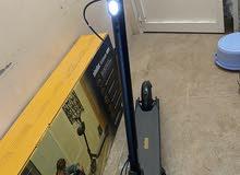 اسكوتر كهربااي من شركت ninebot  مقاوم للمء مستعمل فقط اسبوع واحد البطري بحلة جيد