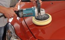 need men  polishing car