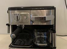آلة صنع قهوة اسبرسو من شركة ديلونجي شبه جديده