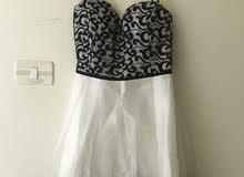 فستان سهرة مقاس 42 متوسط للبيع