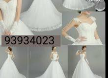 فستان زفاف مستخدم مره وحده