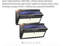 كشاف ضوء 100 لمبة يعمل بالطاقة الشمسية للبيع