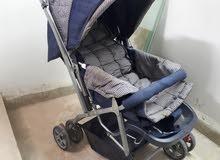 عربة اطفال للتنزه مستعمل بحالة جيدة