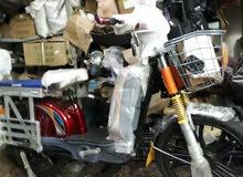 دراجة كهرباء 60 فولط 5 بطاريات 1000 وط
