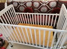 سرير اطفال مستعمل للبيع