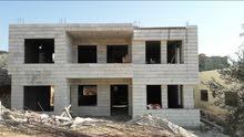 شقه ارضيه للبيع مساحة 190 متر عظم واجها حجر في ماحص