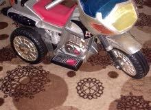 دراجة اطفال 3عجلات كهربائية شبه الجديد