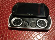 PSP GO IN AWESOME CONDITION