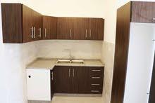 شقة للايجار في ضاحية الرشيد للعرسان غرفة و صالة طابق 2 من المالك مباشرة