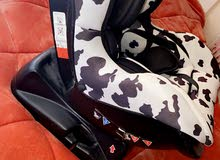 car seat بحاالة الجديد