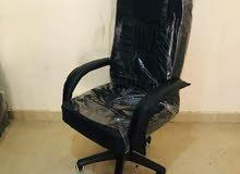 كرسي جلد مدير