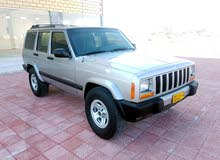 Jeep Cherokee car for sale 2000 in Suwaiq city