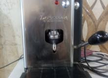 ماكنه قهوه سريعه ايكسبرسو ايطاليه بحاله الوكاله للبيع بسعر مغري