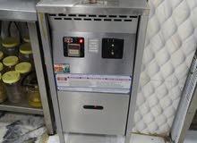 ماكينة بروستد للبيع امريكي مقاس 1600