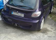 Peugeot 206 manwal 2003 very 3000$ call new