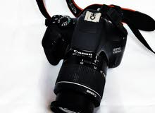 canon 1300D DRLs camra weth kit lens. accsess