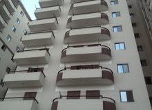 شقة 162 م مميزة.أبراج سخا.على ثلاثة شوارع غير مجروحة. قريبة من جامعة كفر الشيخ.. 3/4 تشطيب