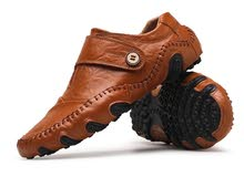حذاء كاجوال جلد لون عسلي