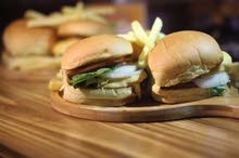 Looking for Kitchen Staff for Burger