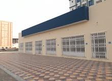 مبنى سكني تجاري للإيجار