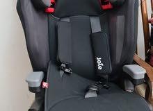 كرسي سيارة للطفل