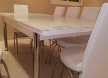 طاولة 8 كراسي