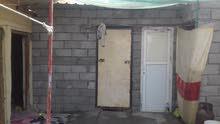 بيت تجاوز في القبله حي المهندسين يتكون من غرفتين وصاله ودواني ومطبخ وحمام ومرافق