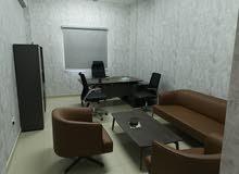 اثاث مكتبي جديد لم يستعمل ابدا نوع فاخر
