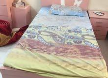 للبيع سرير ومرتبه