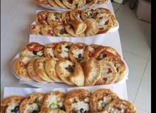 مطعم فطايئر وبيتزا للبيع في بوشر