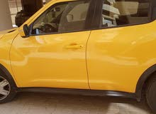 Nissan Juke 2015 For sale - Yellow color