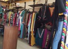 محل أزياء نسائية (مصرية) في شارع باريس - الصويفية - موقع حيوي و مميز - للبيع (خلو)