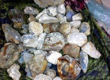 عقيق احجار كريمة ياقوت زمرد