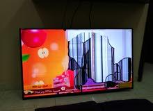 شاشة تلفاز من نوع فكترا 60بوصه فرصه للراغبين في تصليحها فيها ضربه ع شاشه