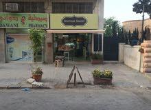 محل تجاري للإيجار بخلو في جبل اللويبدة شارع كلية الشريعة