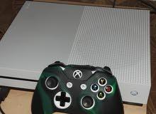 XBOX  ONE S   استعمل شهر و نص الذكره 1000 فيه 19 لعبه كلهن جدد