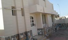 منزل للبيع بشكل عاجل العامرات منطقة رابعة حاليا مستاجر ب160 ريال وبه ملحق منفصل
