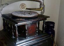 آلة موسيقية قديمة غرامافون gramophone