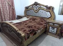 غرفة نوم خليجية فخمة بحالة جيدة