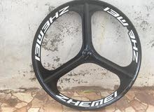 جنطين الماني للبيع بسعر مناسب + دراجة Huffy امريكي للبيع بسعر مغري جدا