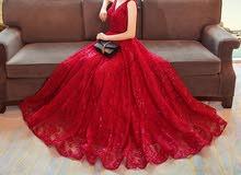 فستان يصلح للزواجات والخطب