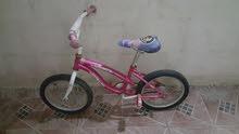 دراجة صغيرة و جميلة