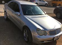 سيارة مرسيدس C200 2003