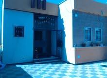 منزل للبيع في عين زارة