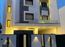 مبنى سكني للبيع: