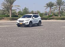 Hyundai Santa Fe 2013 For sale - White color