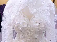 فستان زفاف جديد للبيع بسعر رائع و قابل للتفاوض