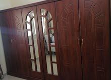 Urgent sale 6 doors wardrobe hard wood لبيع بشكل عاجل خزانة 6أبواب (إمكانية نقل وتركيب)
