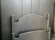 غرفة نوم ماستر خشب ام دي اف بحالة جيدة جدا بسعر 220 دينار
