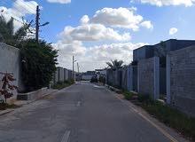 500م مسيجة الشارع المقابل لسوق تبارك